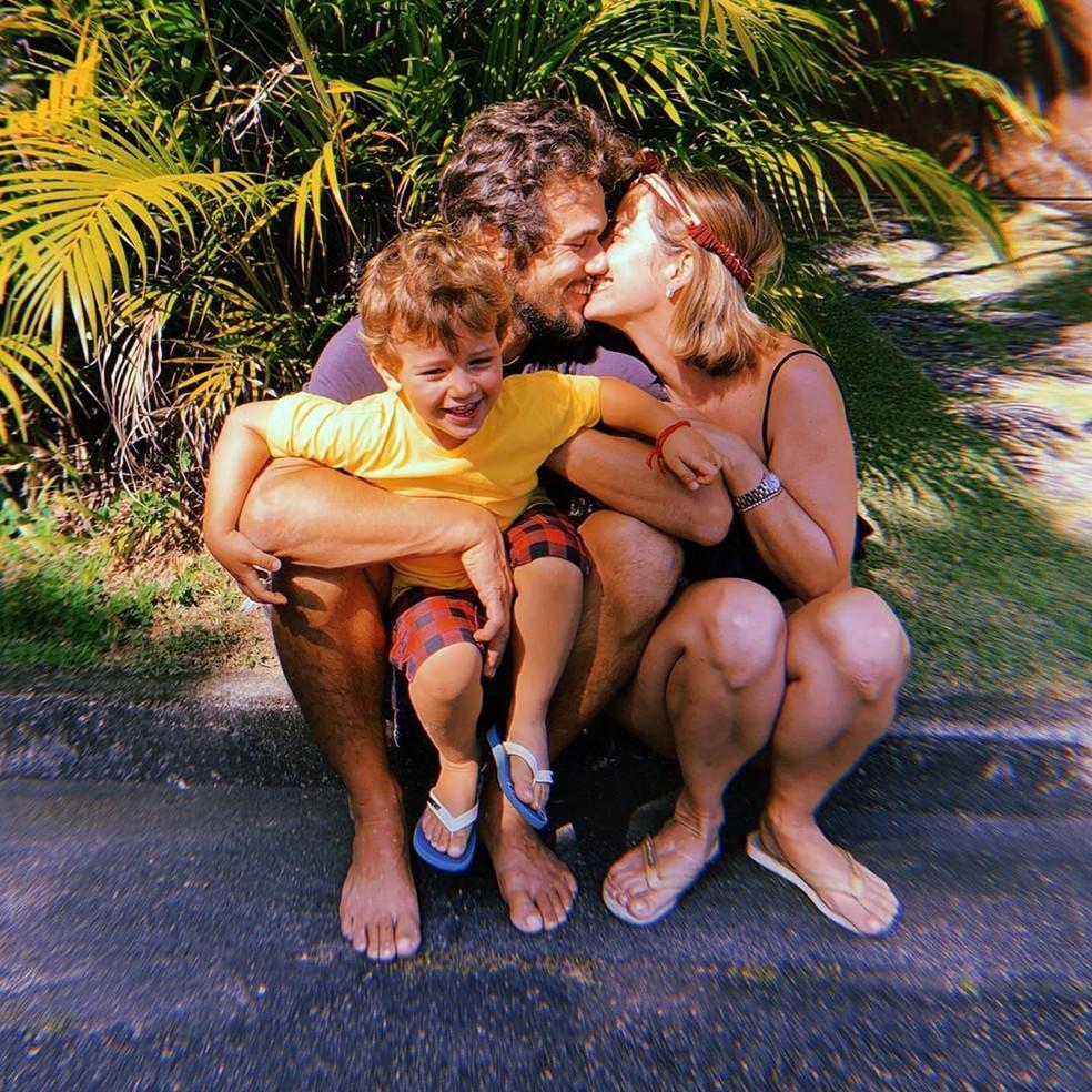 Bruno Ferrari parabeniza Paloma Duarte, sua mulher, pelos seus 43 anos — Foto: Reprodução/Instagram