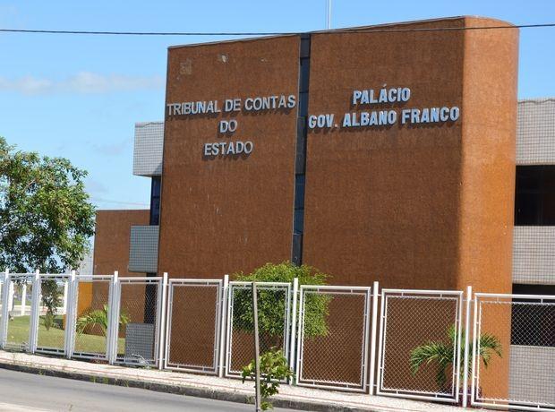 TCE vai verificar denúncias de irregularidades em obras no município de Frei Paulo - Notícias - Plantão Diário