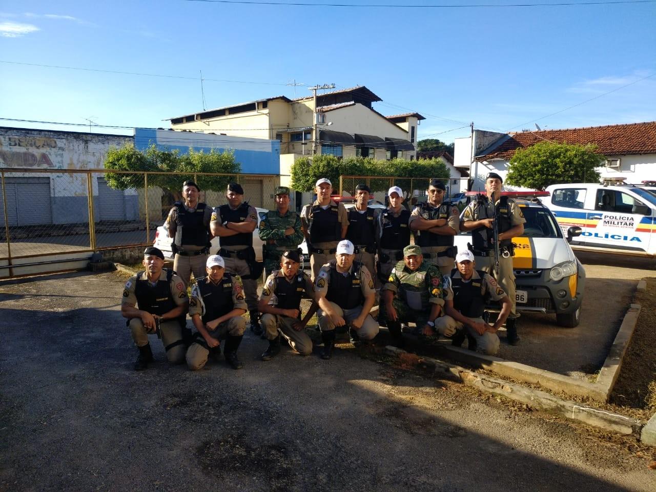 PM faz operação de combate ao comércio, porte e posse ilegal de armas em Arinos