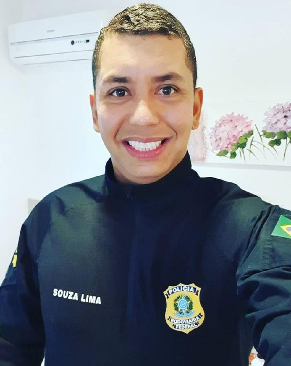 Eduardo Souza de Lima Júnior tinha 37 anos e foi morto na madrugada deste domingo (10), no Recife — Foto: Reprodução/WhatsApp