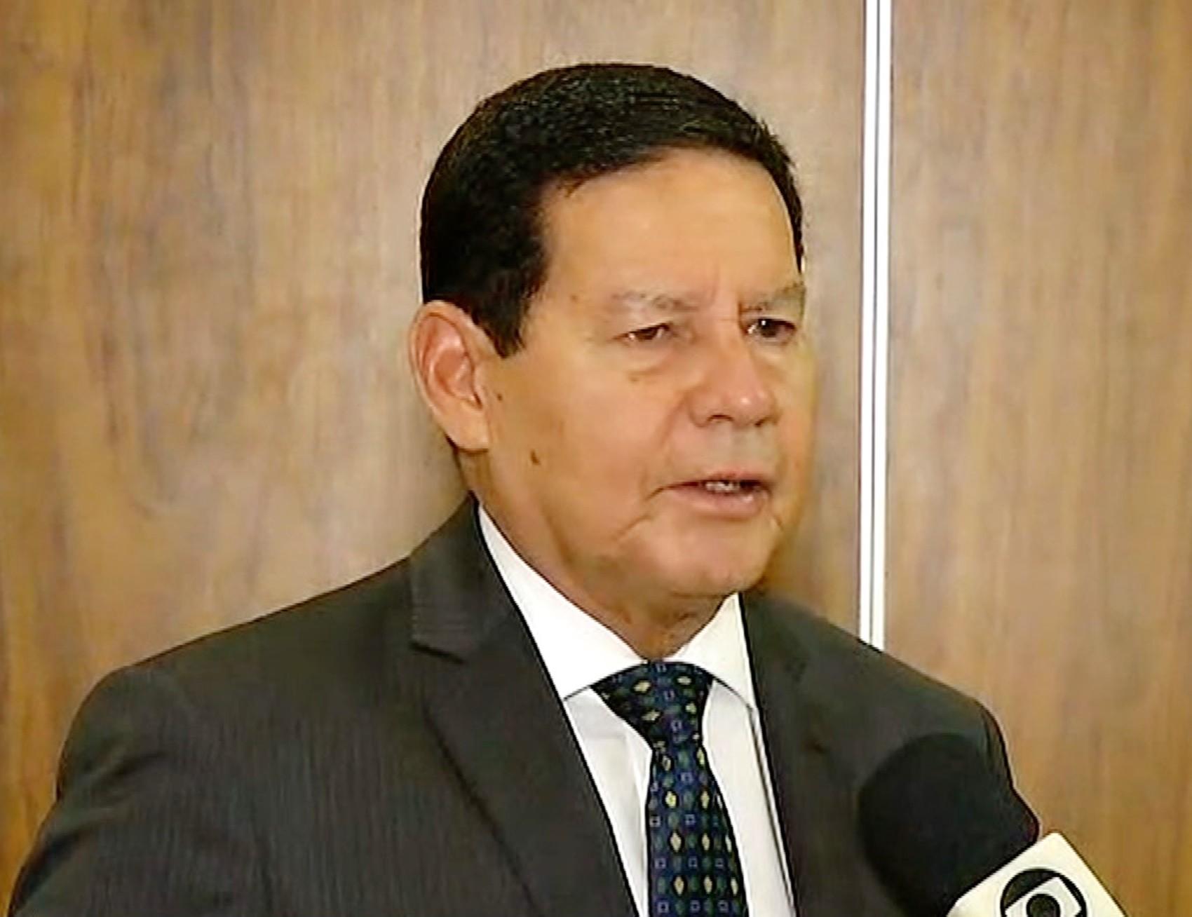'Foi mais questão de comunicação do que crise mesmo', diz Mourão sobre reação a queimadas na Amazônia   - Notícias - Plantão Diário