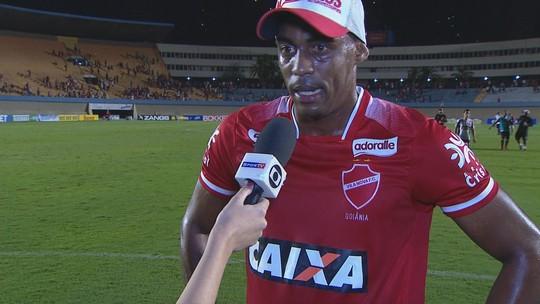 Alex Henrique agradece apoio da torcida e diz que Vila sai de cabeça erguida