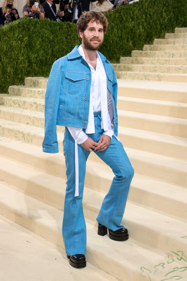 NEW YORK, NEW YORK - SEPTEMBER 13: Ben Platt attends The 2021 Met Gala Celebrating In America: A Lexicon Of Fashion at Metropolitan Museum of Art on September 13, 2021 in New York City. (Photo by Theo Wargo/Getty Images) (Foto: Getty Images)