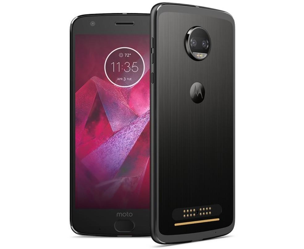 A Motorola garante que a tela do Moto Z2 Force é inquebrável — Foto: Divulgação/Motorola