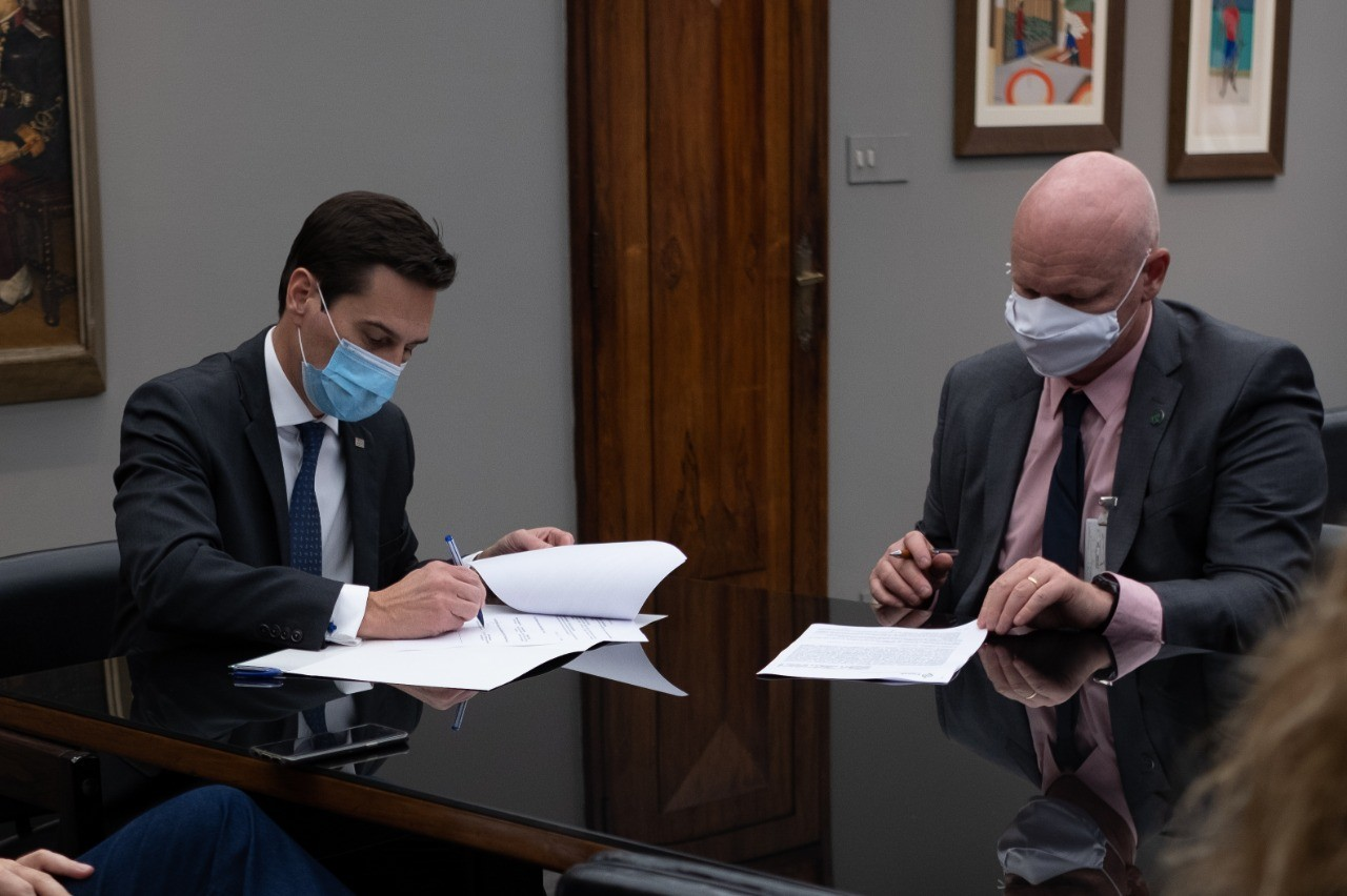 Gustavo Junqueira, secretário de Agricultura de SP, e Sérgio de Zen, da Conab (Foto: Mastrangelo Reino/SAA-SP)
