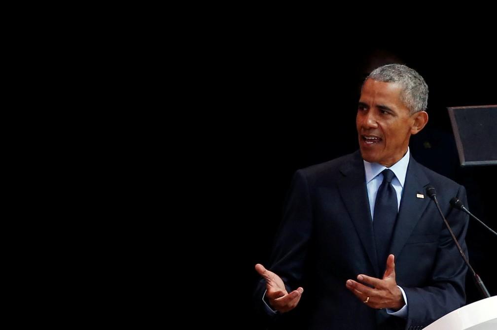 Barack Obama discursa na África do Sul (Foto: Reuters/Siphiwe Sibeko)