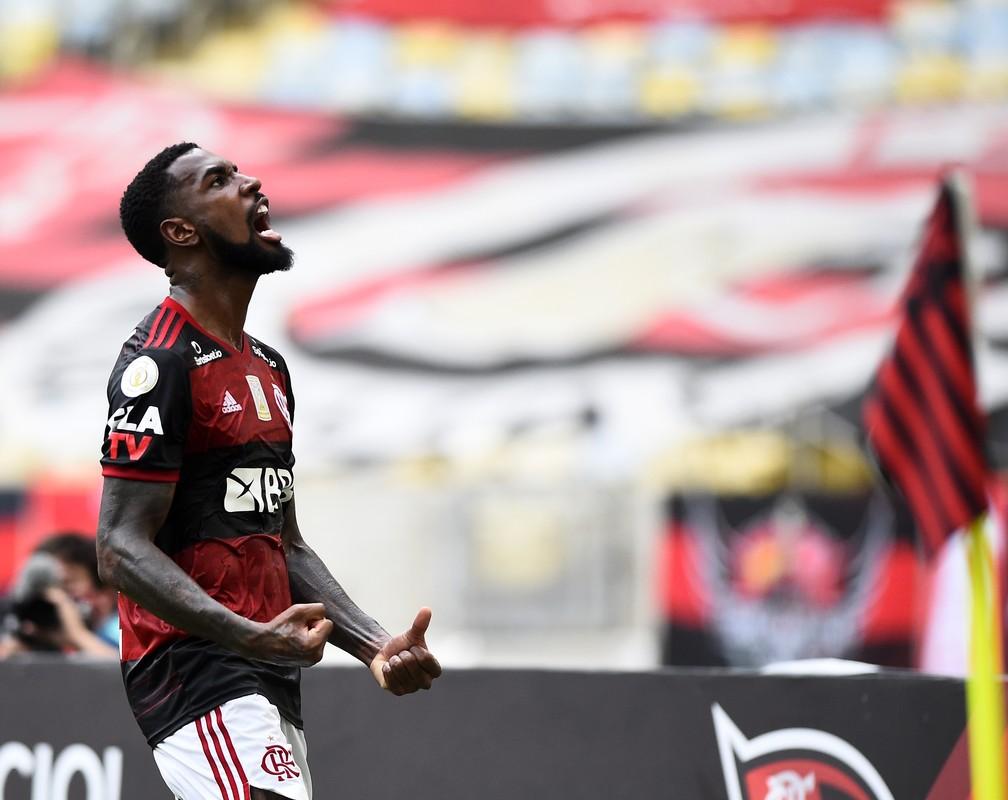 Flamengo inicia conversas para renovação de Gerson