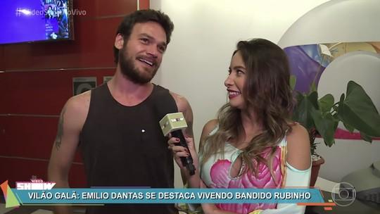 Emilio Dantas confessa gostar de música sertaneja: 'Sou muito fã de Bruno e Marrone'