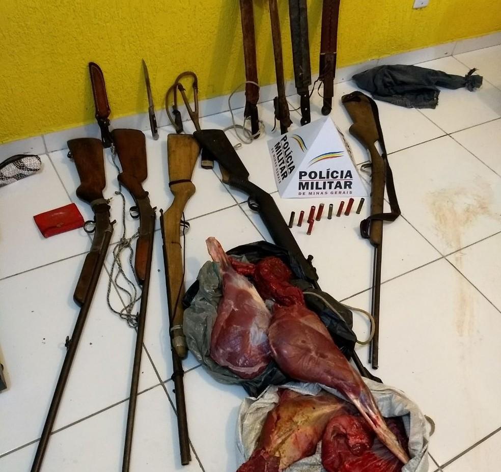 Polícia chegou até o grupo após denúncia anônima (Foto: Polícia Milita/Divulgação)