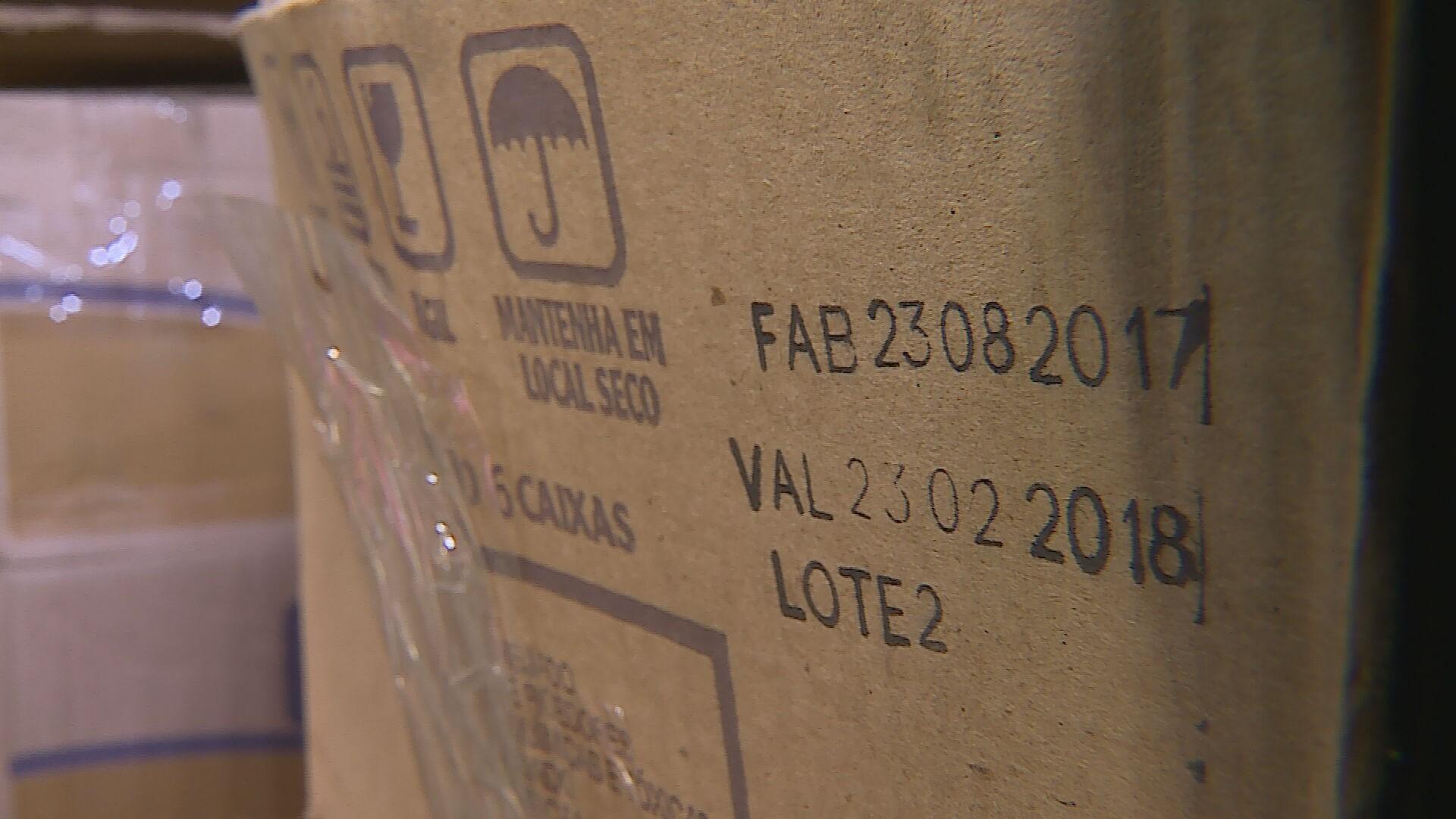 Produtos vencidos são encontrados em galpão, na Região Noroeste de Belo Horizonte