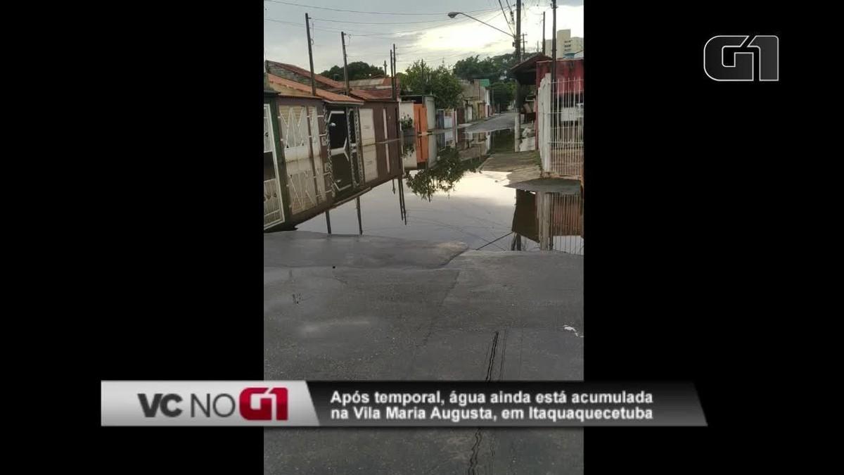 Ruas da Vila Maria Augusta, em Itaquaquecetuba, continuam alagadas após chuvas da quarta-feira