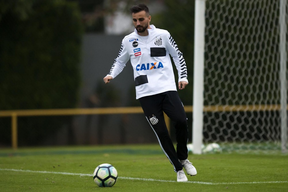 Ricardo Oliveira vira desfalque no Santos; Nilmar é relacionado