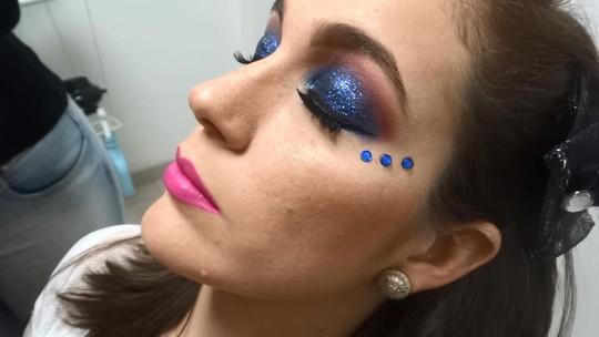 Maquiadora de Juiz de Fora dá dicas para o carnaval; veja vídeo