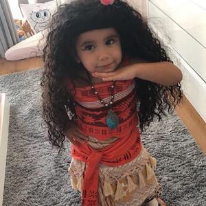 Maria Flor, 2, adora se fantasiar de seus personagens favoritos (Foto: Reprodução Instagram)