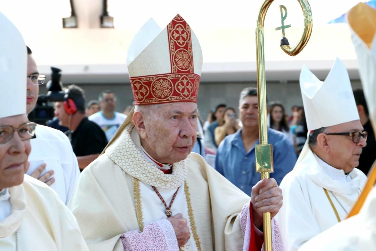 Cardeal Dom José Freire Falcão, arcebispo emérito de Brasília, é intubado com Covid-19