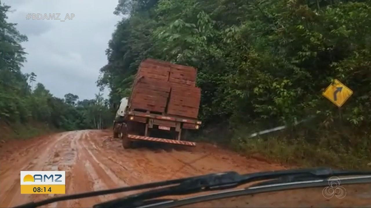 Acidentes e atoleiros prejudicam tráfego de veículos no trecho norte da BR-156