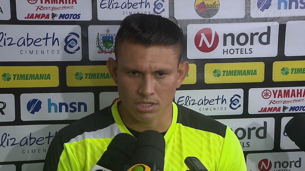 Rafael Oliveira é o mais novo reforço do Náutico (Foto: Reprodução / TV Cabo Branco)