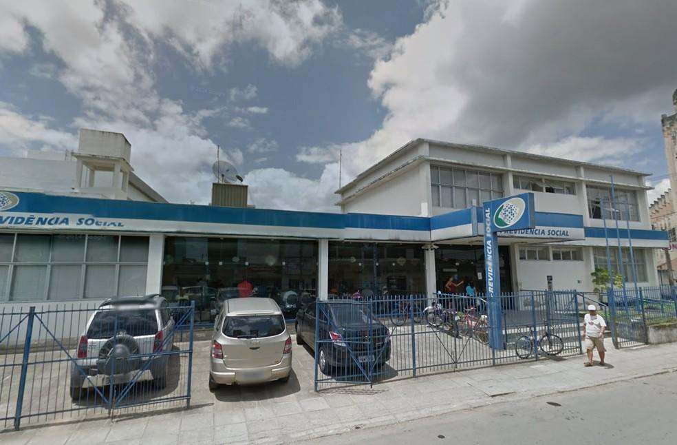 INSS de Vitória de Santo Antão fica no centro da cidade, na Mata Norte de Pernambuco (Foto: Reprodução/Google Street View)