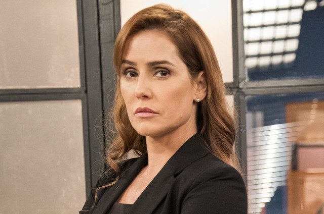 Deborah Secco é Alexia em 'Salve-se quem puder' (Foto: Divulgação)