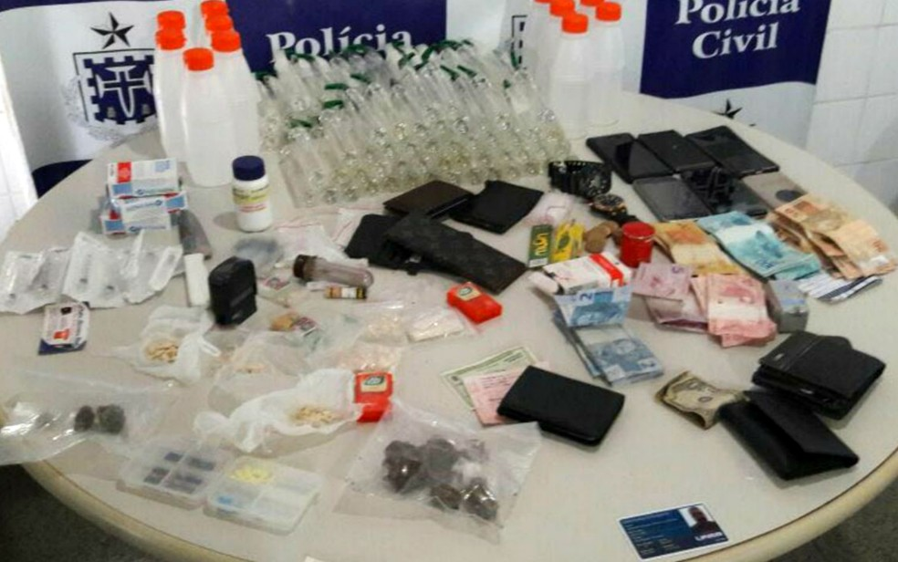 Material foi apreendido com o grupo (Foto: Divulgação/Polícia Civil)