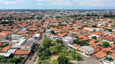 Costureiras são contratadas para confeccionar máscaras para moradores carentes de Araguaína