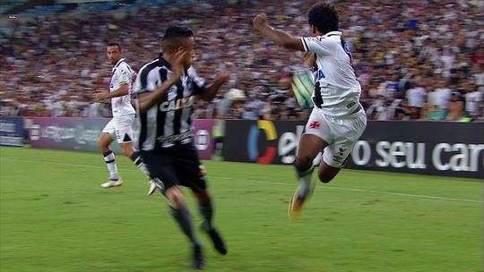 Lambreta da discórdia: Paulo Vitor defende drible, e alvinegros rebatem