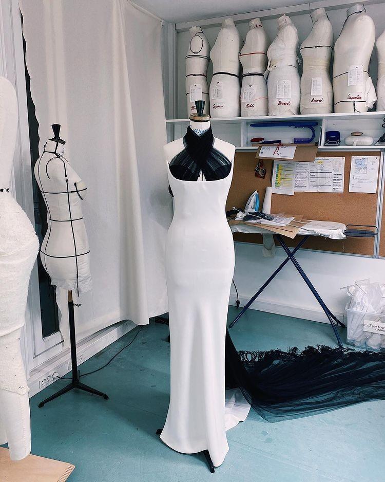 Vestido Bella Hadid (Foto: Reprodução Instagram)