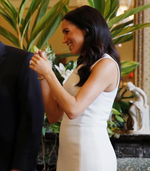 Meghan Markle mostra barriguinha da gravidez pela primeira vez (Foto: Getty Images)