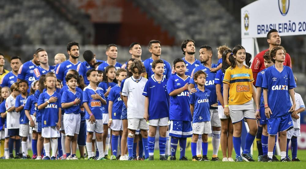 Com a cabeça na Copa do Brasil, Cruzeiro visita o Atlético-GO