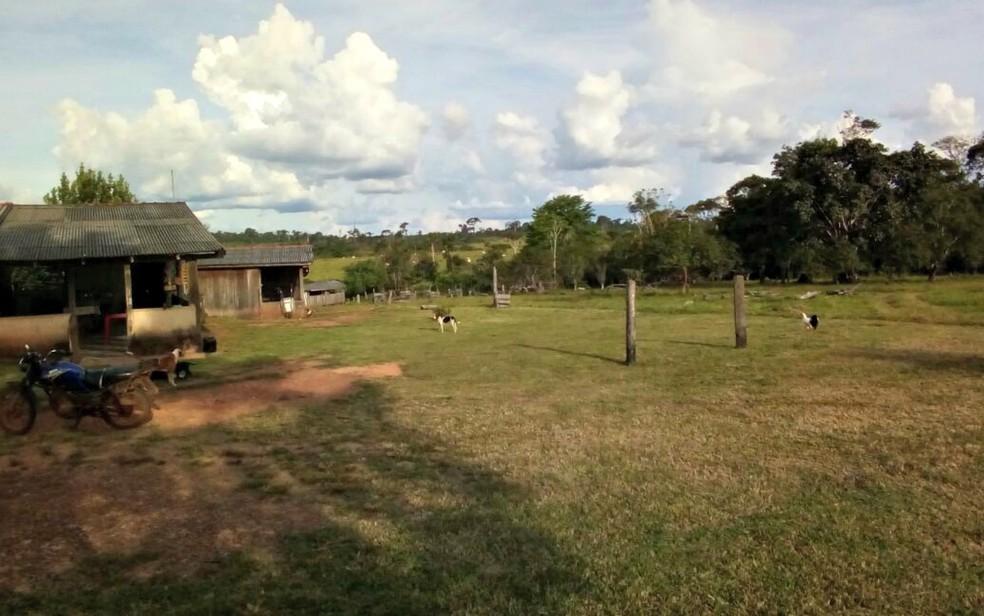 Segundo funcionários da fazenda, crime ocorreu no dia 7 de maio de 2017, após uma discussão entre o casal (Foto: Rádio Tucunaré)