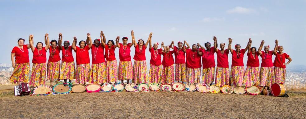O grupo cultural Meninas de Sinhá surgiu na favela do Alto Vera Cruz há mais de 20 anos — Foto: Lígia Nassif/Divulgação
