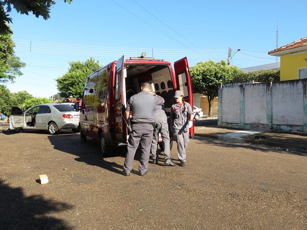 Acidente foi registrado no Centro de Dracena (Foto: Jorge Zanoni/Cedida)