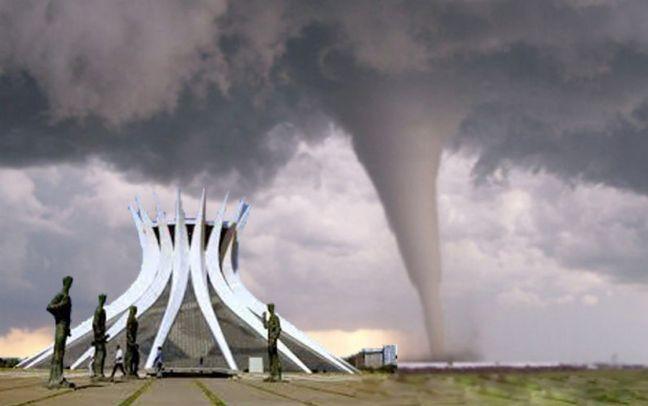 Furacão em Brasília (Foto: Arquivo Google)