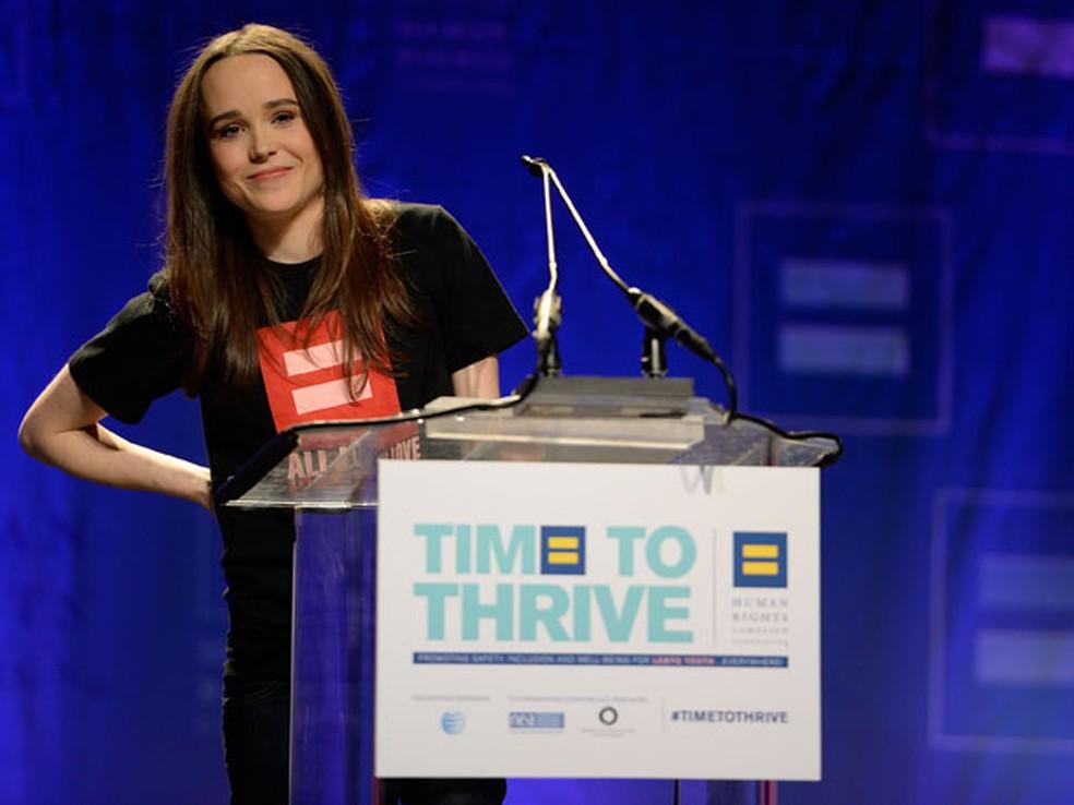 Elliot Page participa de conferência 'Time to Thrive', em Las Vegas, na qual declarou ser homossexual — Foto: Jeff Bottari/AP Images for Human Rights Campaign
