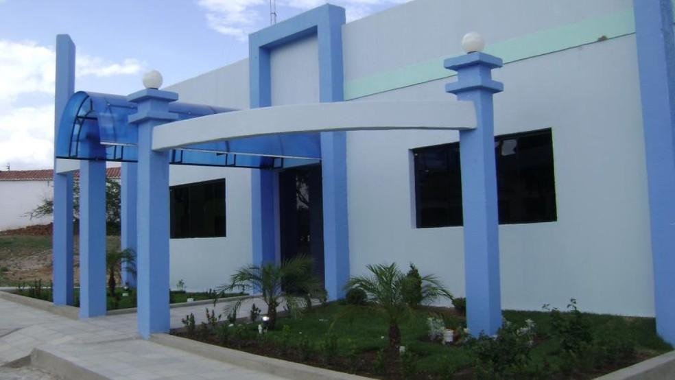 Prefeitura de Aiuaba exonera 14 servidores por nepotismo. — Foto: Reprodução/Facebook