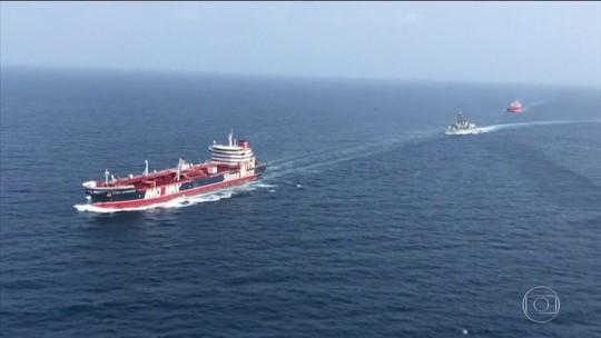 Marinha britânica começa escolta no estreito de Ormuz