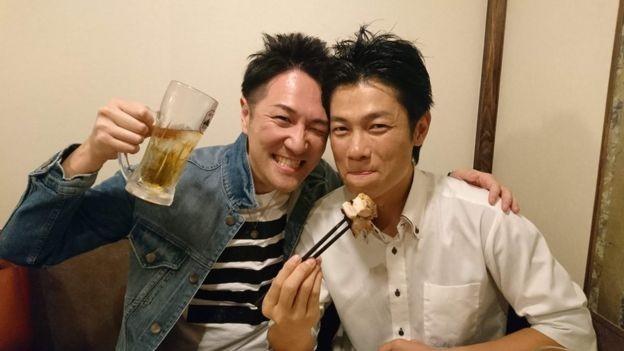 Yuichi Ishii pode atuar como membro da família ou amigo do cliente para quem presta serviço (Foto: Divulgação)