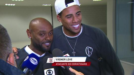 Love ou Gustagol? Comentaristas discutem que a melhor opção para o Corinthians
