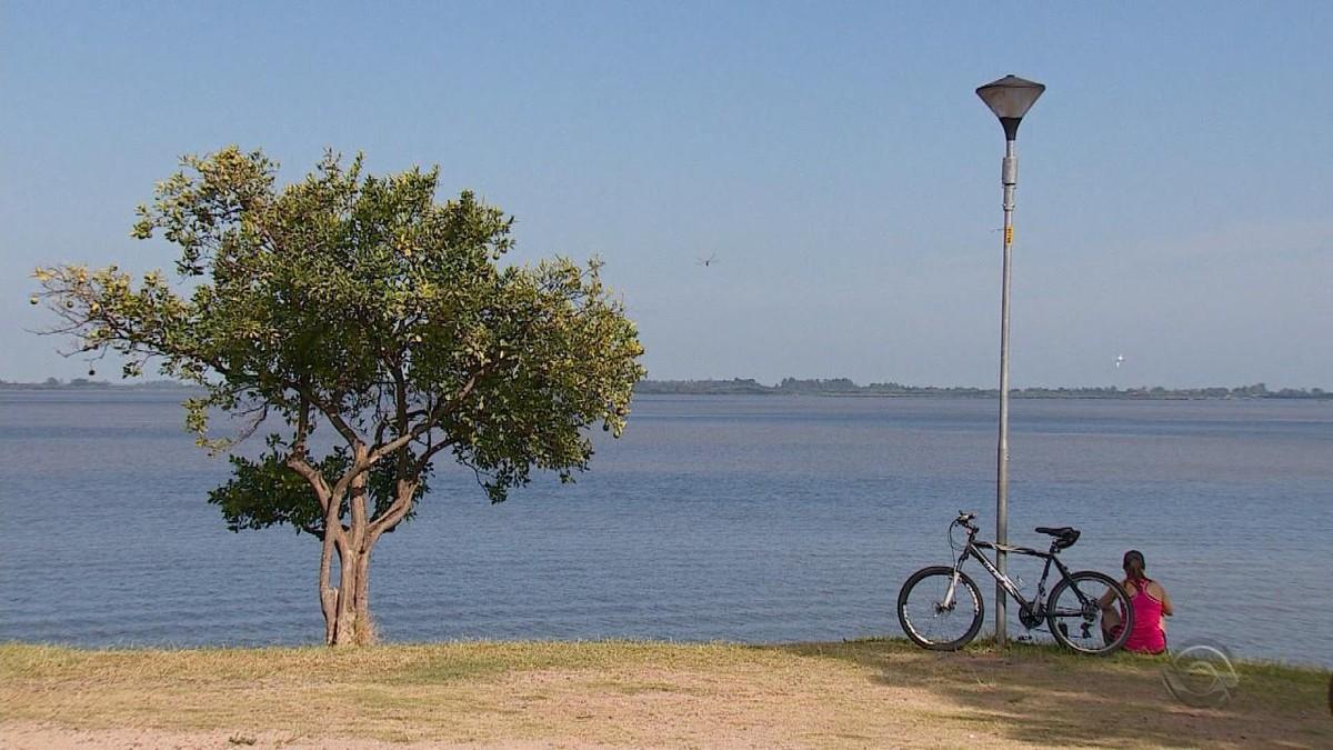 Fim do horário de verão divide opiniões entre moradores de Porto Alegre