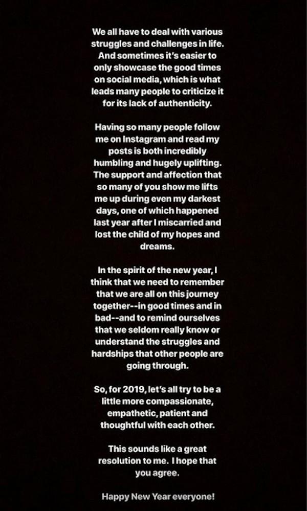 A mensagem compartilhada pela atriz Shay Mitchell (Foto: Instagram)