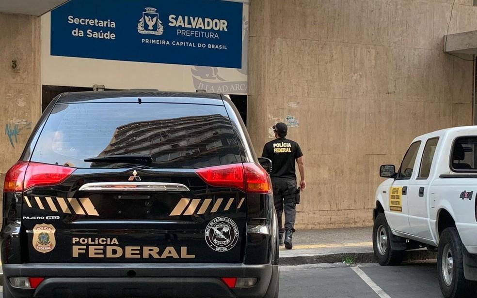 Operação da PF em Salvador na Secretaria Municipal de Saúde (SMS) — Foto: Divulgação/Polícia Federal