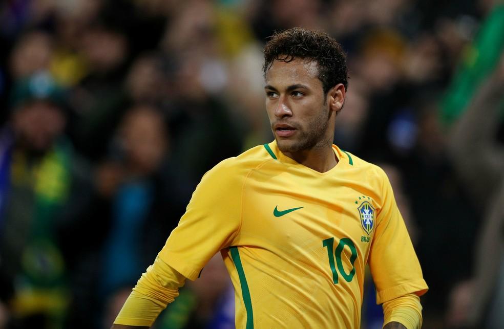 Neymar, obviamente, está entre os garantidos (Foto: Reuters)