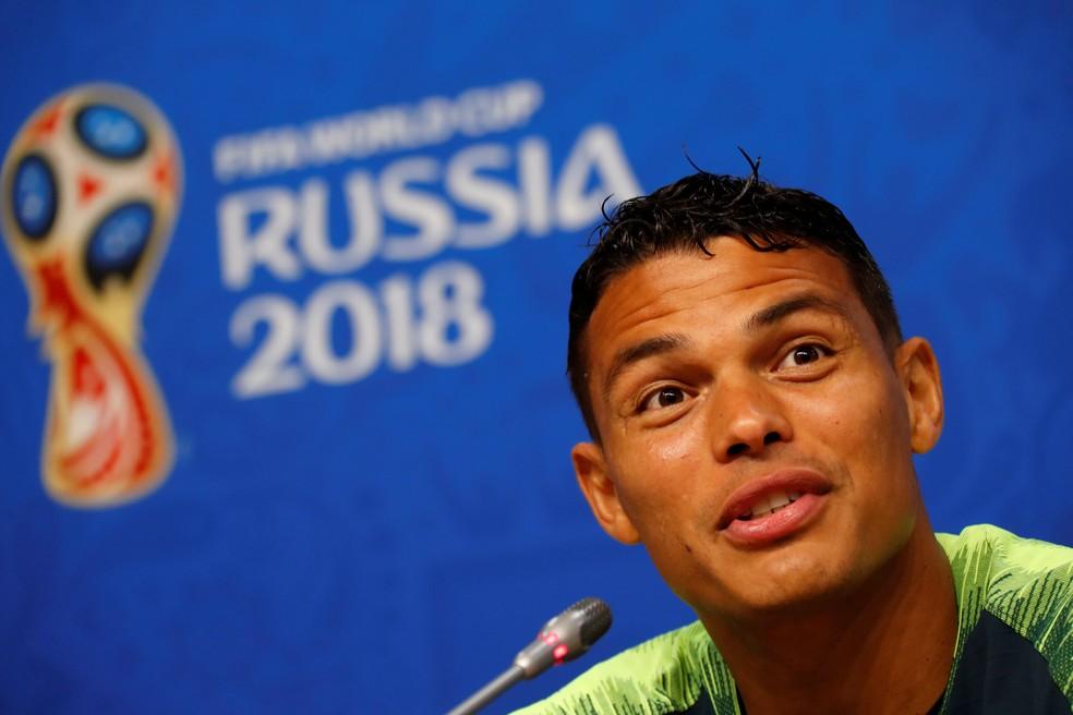 Thiago Silva na entrevista coletiva em Samara (Foto: David Gray/Reuters)