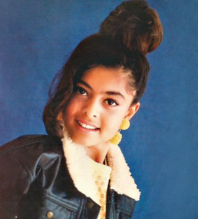 Juliana Paes, aos 12 anos (Foto: Esta é juliana, aos 12 anos, já posando…  (Foto: Reprodução / arquivo pessoal))