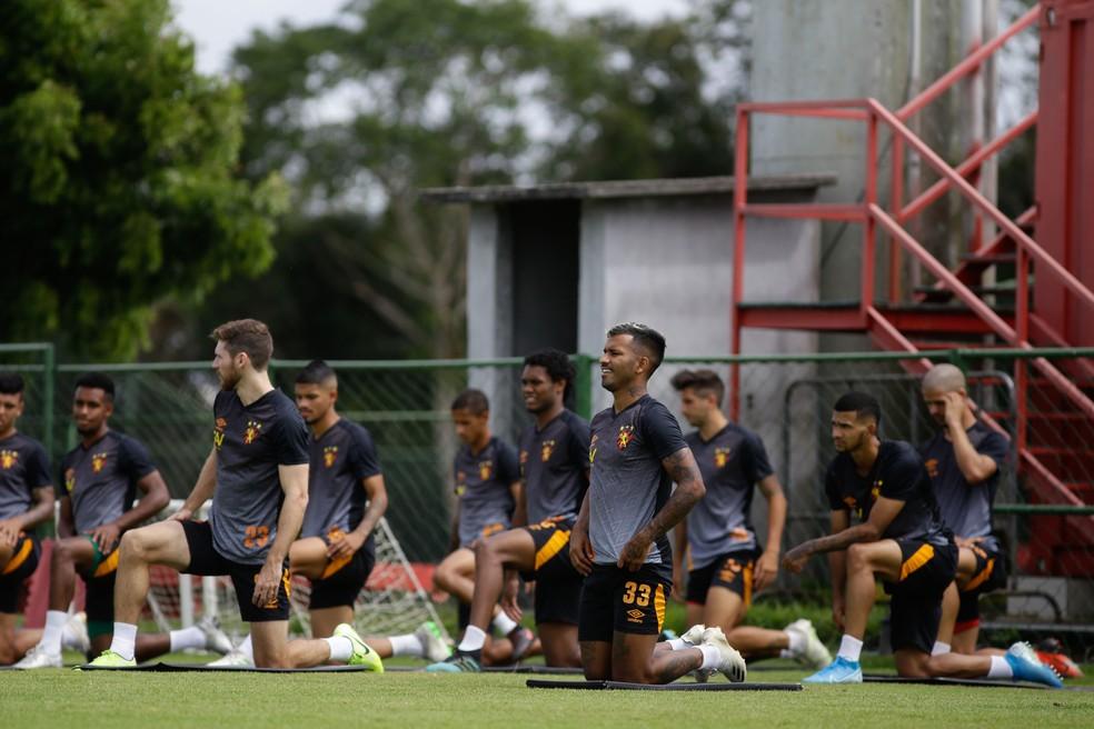 Sport em treino no CT — Foto: Anderson Stevens / Sport Club do Recife
