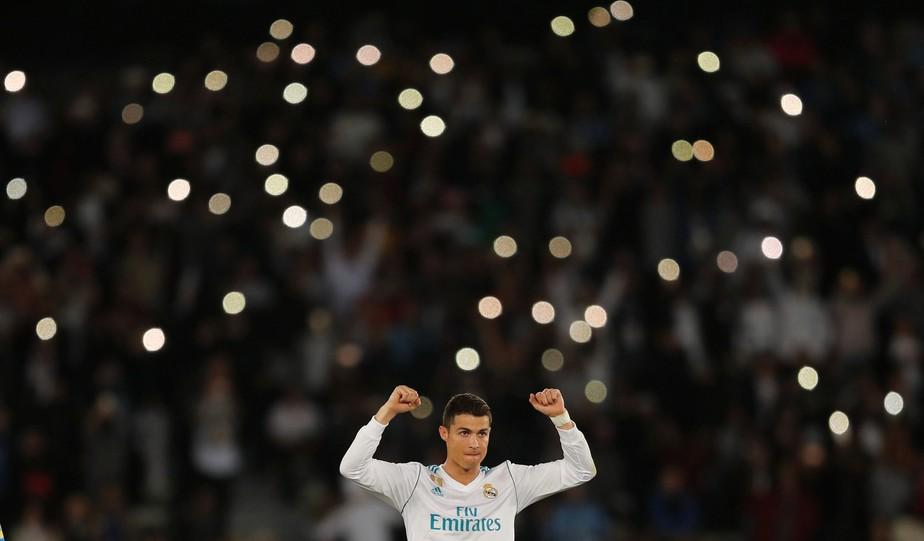 Cristiano Ronaldo festeja 5º título do Real no ano e iguala gols de Pelé em Mundiais