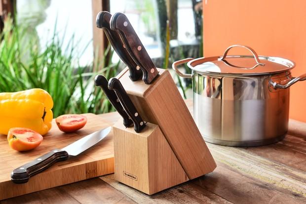 Conjunto de facas Polywood, com cinco unidades, à venda na Camicado (Foto: Divulgação)