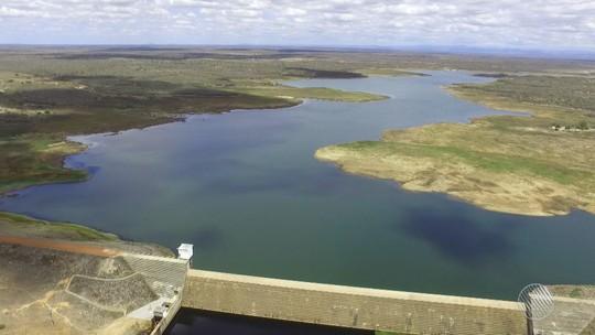 Com bancos de areia à mostra, barragem na cidade de Capim Grosso tem 17% da capacidade