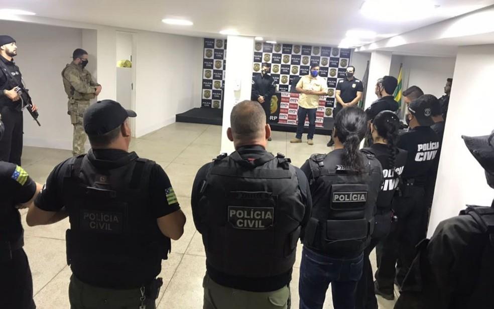 MP e policiais civis se reúnem para cumprir mandados de prisão e busca em GO e no DF  — Foto: Reprodução/MP-GO