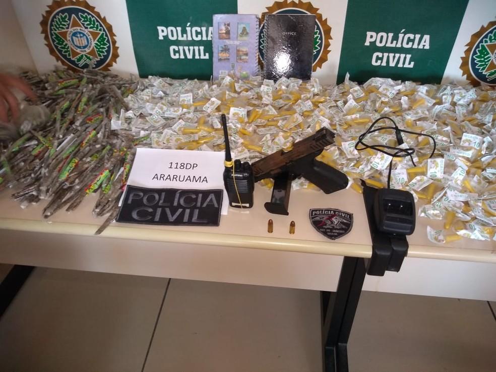 Arma apreendida pode ter sido usada para matar o vereador em Araruama, no RJ — Foto: Divulgação/Polícia Civil